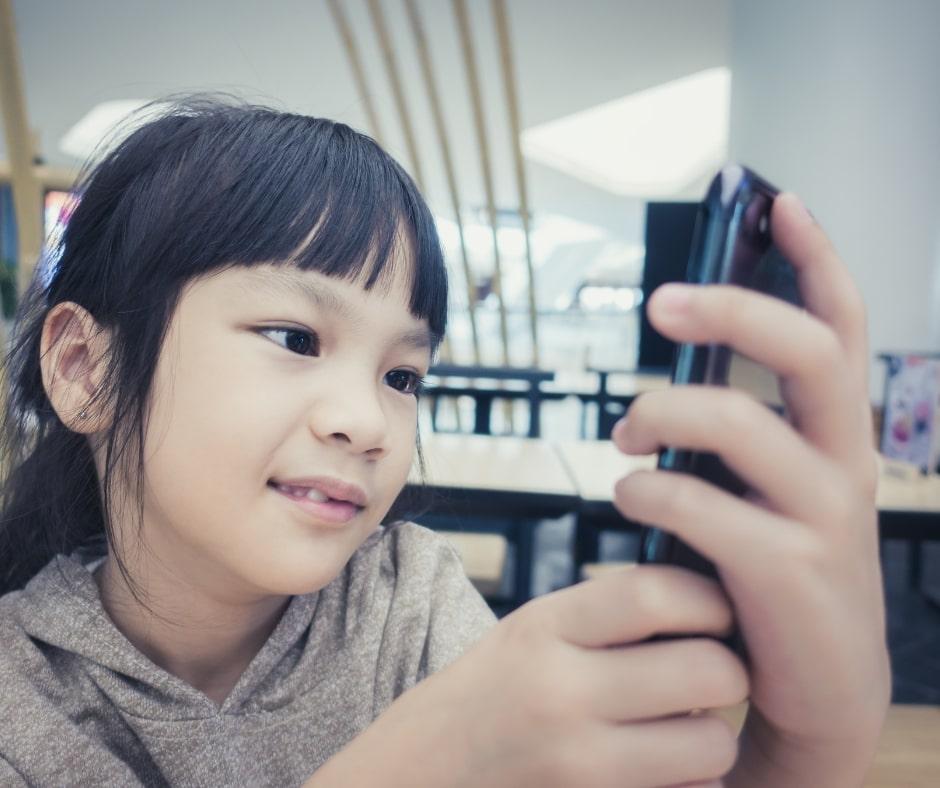 giáo dục kỹ năng giao tiếp cho trẻ mầm non